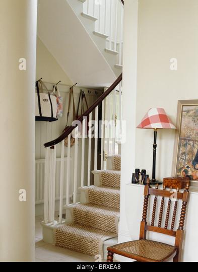 Interiors country halls carpet stockfotos interiors - Antikes esszimmer ...