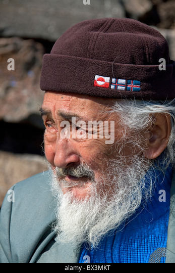 Jüngeres mädchen aus älteren mann