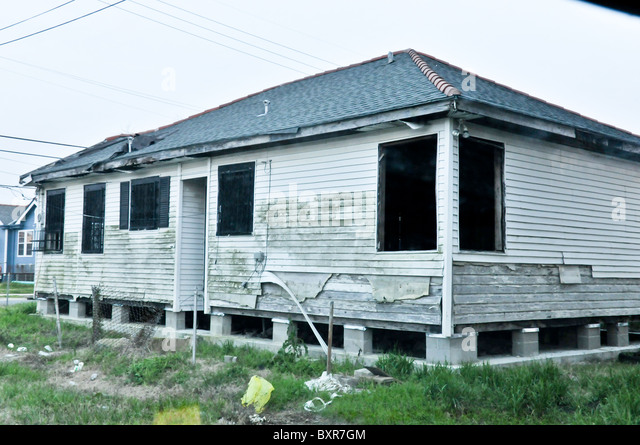 during hurricane katrina stockfotos during hurricane katrina bilder alamy. Black Bedroom Furniture Sets. Home Design Ideas