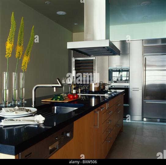 interiors modern kitchens extractors stockfotos interiors modern kitchens extractors bilder. Black Bedroom Furniture Sets. Home Design Ideas