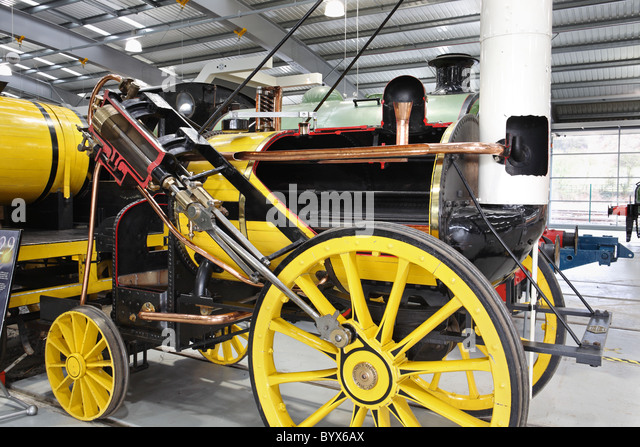 Steam engine early stockfotos steam engine early bilder for Designermobel nachbau england