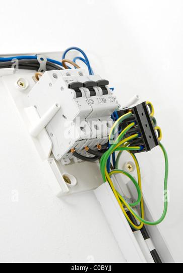 Ungewöhnlich Was Ist Der Weiße Draht In Der Elektrischen ...