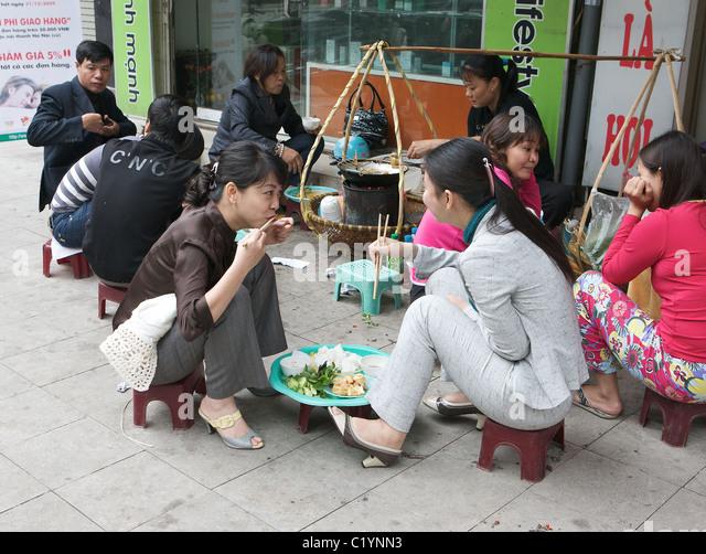 vietnamesische frauen treffen Frauen und männer kennenlernen, treffen, heiraten suchen sienatürlich sucht eine vietnamesische frau einen mann zum heiraten und deutsche männer sind in.