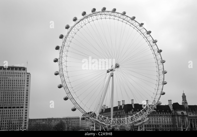 construction london eye stockfotos construction london eye bilder alamy. Black Bedroom Furniture Sets. Home Design Ideas