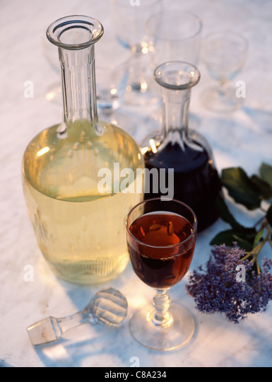 wine jar stockfotos wine jar bilder alamy. Black Bedroom Furniture Sets. Home Design Ideas