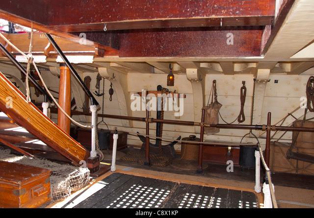 Vintage Holzschiff Interieur Stockbild