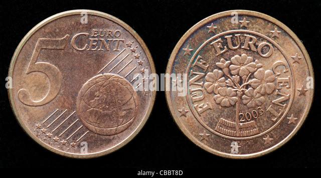Locker Körbe Fünf Euro Cent