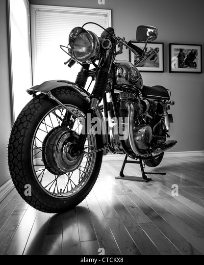 motorbike motorcycle classic bsa stockfotos motorbike motorcycle classic bsa bilder alamy. Black Bedroom Furniture Sets. Home Design Ideas