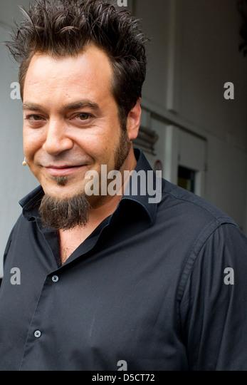 Laith Al Deen Am Set Des Deutschen TV Show Promi Kocharena