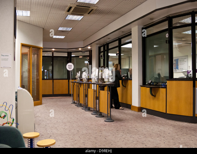Interior Bank Cashiers Stockfotos & Interior Bank Cashiers Bilder ...