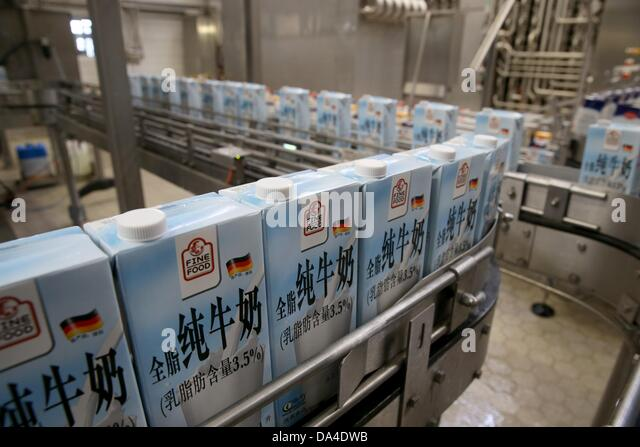dairy products milk china stockfotos dairy products milk china bilder alamy. Black Bedroom Furniture Sets. Home Design Ideas
