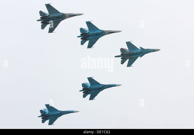 Aerobatics Stockfotos Amp Aerobatics Bilder Alamy