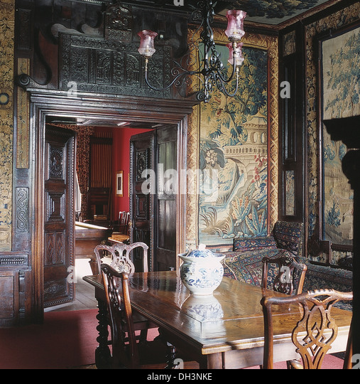 tapestries room stockfotos tapestries room bilder alamy. Black Bedroom Furniture Sets. Home Design Ideas