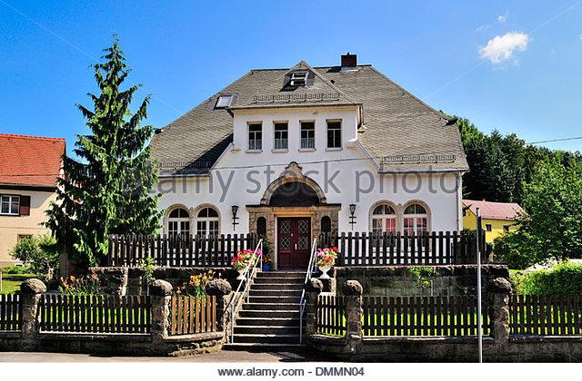 Ore house stockfotos ore house bilder alamy for Fachwerkhaus zum abbauen
