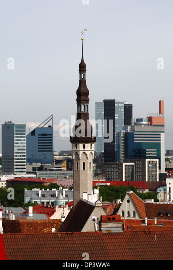 city hall of tallinn stockfotos city hall of tallinn bilder seite 3 alamy. Black Bedroom Furniture Sets. Home Design Ideas