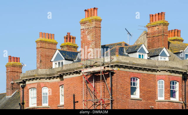 tall brick chimney stack stockfotos tall brick chimney stack bilder alamy. Black Bedroom Furniture Sets. Home Design Ideas