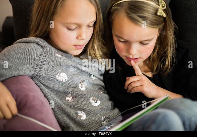 tablet stockfotos tablet bilder alamy. Black Bedroom Furniture Sets. Home Design Ideas
