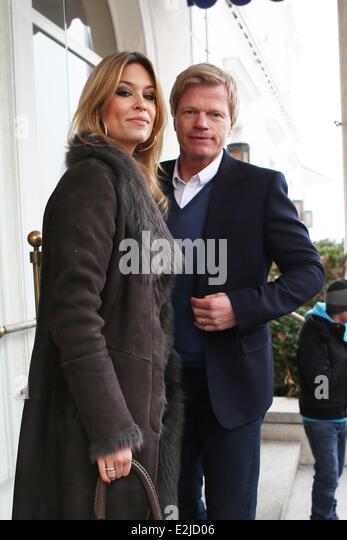 Oliver kahn wife svenja arriving stockfotos oliver kahn for Spiegel tv themen heute abend