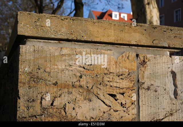 natursteinmauer stockfotos natursteinmauer bilder alamy. Black Bedroom Furniture Sets. Home Design Ideas