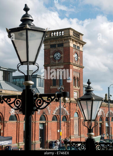 old style street lamps stockfotos old style street lamps bilder alamy. Black Bedroom Furniture Sets. Home Design Ideas