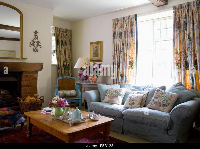 Sofa Vor Fenster sofa vor fenster top trends innendesign tisch sofa heimkino