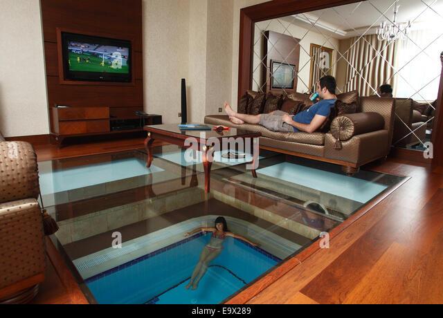 Indoor pool villa  Indoor Pool Stockfotos & Indoor Pool Bilder - Alamy