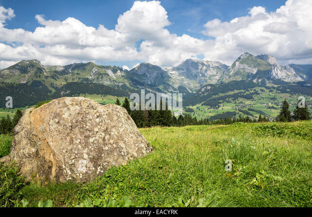 toggenburg mountain stockfotos toggenburg mountain bilder alamy. Black Bedroom Furniture Sets. Home Design Ideas