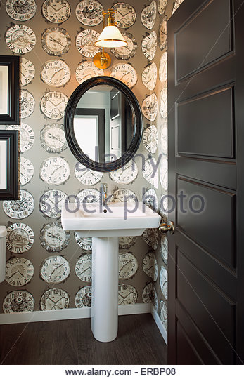 clock stockfotos clock bilder alamy. Black Bedroom Furniture Sets. Home Design Ideas