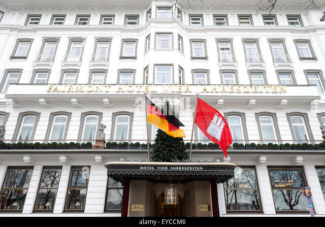 hamburg coat of arms stockfotos hamburg coat of arms bilder alamy. Black Bedroom Furniture Sets. Home Design Ideas
