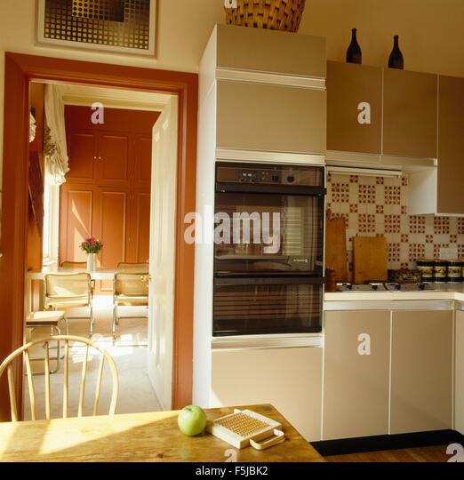 Seventies Kitchen Oven Stockfotos U0026 Seventies Kitchen Oven Bilder .