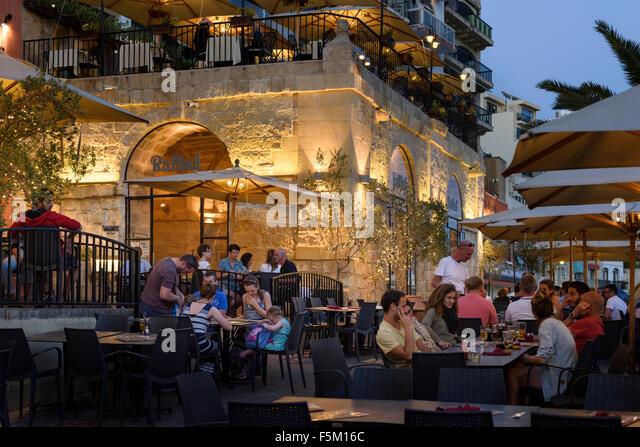Cafe Raffael St Julians