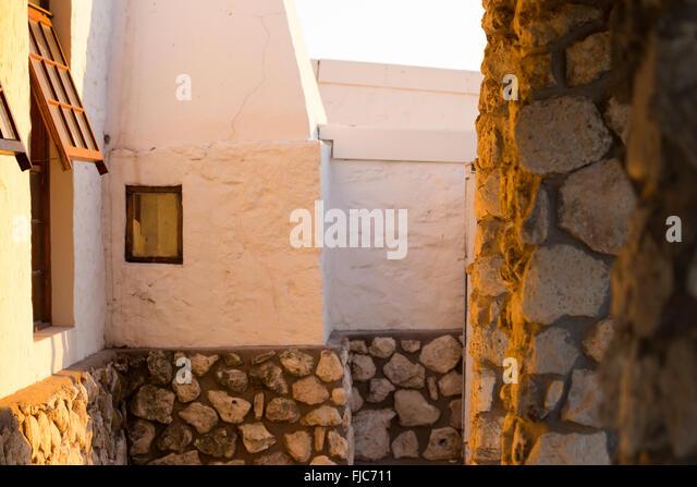 Steinhaus mit veranda  Stone Veranda Stockfotos & Stone Veranda Bilder - Alamy