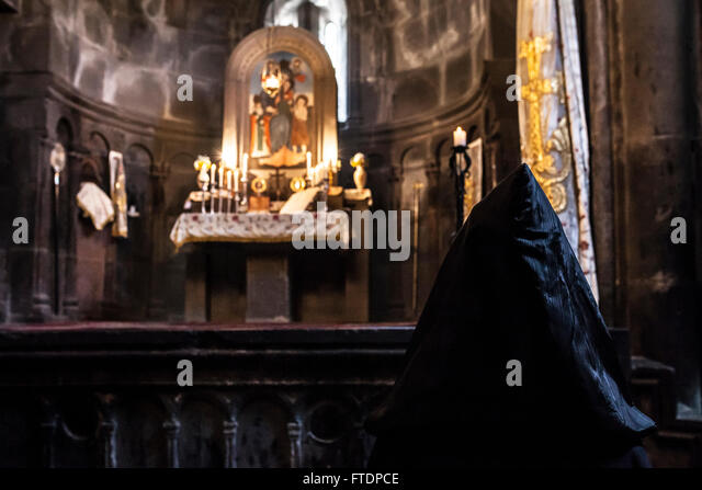 echmiadzin priest stockfotos echmiadzin priest bilder. Black Bedroom Furniture Sets. Home Design Ideas