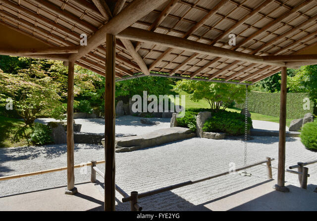 japanischer garten stockfotos japanischer garten bilder alamy. Black Bedroom Furniture Sets. Home Design Ideas