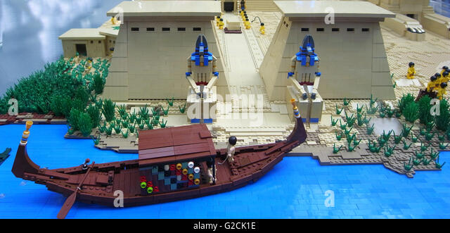 lego boat stockfotos lego boat bilder alamy. Black Bedroom Furniture Sets. Home Design Ideas
