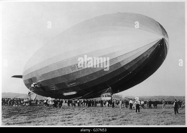 airship 39 graf zeppelin 39 stockfotos airship 39 graf zeppelin 39 bilder alamy. Black Bedroom Furniture Sets. Home Design Ideas