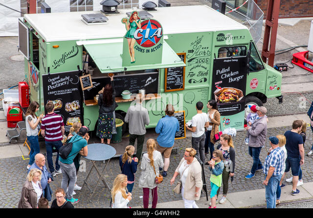 food truck festival stockfotos food truck festival bilder alamy. Black Bedroom Furniture Sets. Home Design Ideas