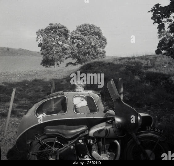 motorcycle 1950s stockfotos motorcycle 1950s bilder alamy. Black Bedroom Furniture Sets. Home Design Ideas