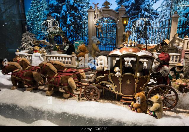 christmas snow scene display in stockfotos christmas. Black Bedroom Furniture Sets. Home Design Ideas