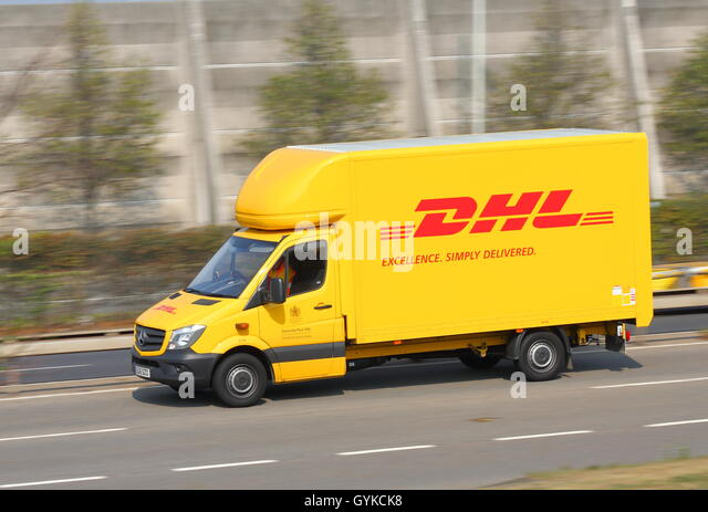 yellow deutsche post stockfotos yellow deutsche post bilder seite 2 alamy. Black Bedroom Furniture Sets. Home Design Ideas