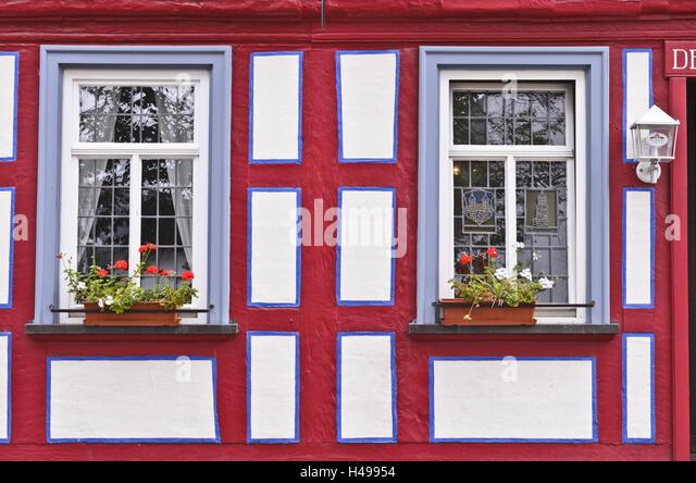 german timber frame road stockfotos german timber frame road bilder alamy. Black Bedroom Furniture Sets. Home Design Ideas