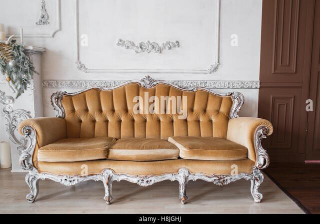 White Wood Chair Grunge Orange Stockfotos & White Wood Chair Grunge ...