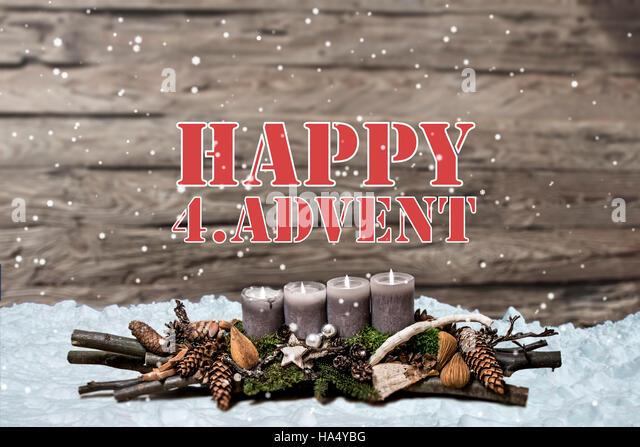 Frohe Weihnachten Dekoration Advent mit brennenden graue Kerze ...