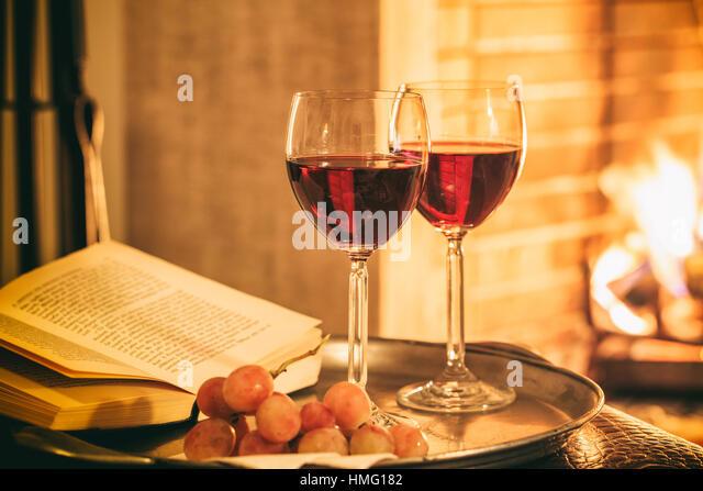 fireside and wine stockfotos fireside and wine bilder. Black Bedroom Furniture Sets. Home Design Ideas