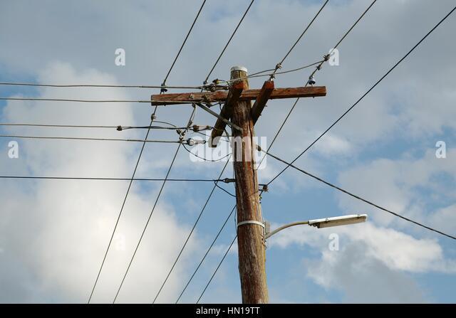 Berühmt Elektrische Drähte Fallen Zeitgenössisch - Elektrische ...
