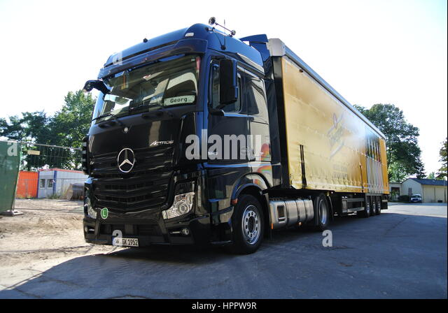actros stockfotos actros bilder alamy. Black Bedroom Furniture Sets. Home Design Ideas