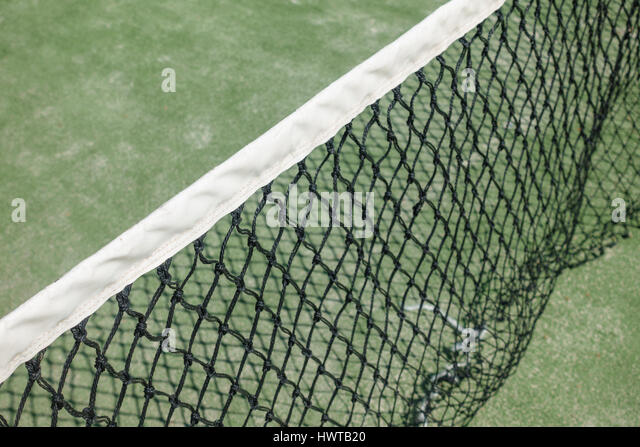 tennis court perspective stockfotos tennis court perspective bilder alamy. Black Bedroom Furniture Sets. Home Design Ideas