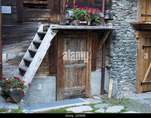 switzerland zermatt old town hinterdorf stockfotos. Black Bedroom Furniture Sets. Home Design Ideas