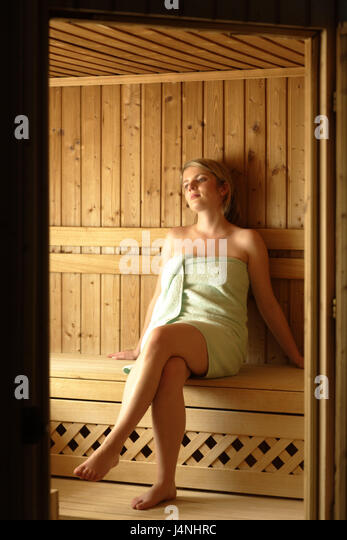 d tente sauna visit stockfotos d tente sauna visit. Black Bedroom Furniture Sets. Home Design Ideas