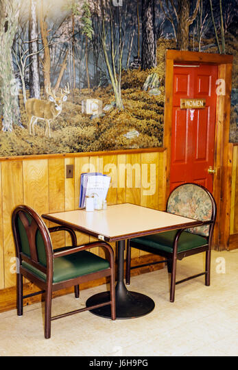 womens room stockfotos & womens room bilder - alamy, Esszimmer dekoo